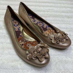 Born Leather Gold Ballet Flat